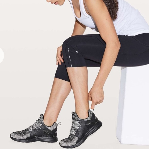 Apl Women Techloom Ascend Shoe